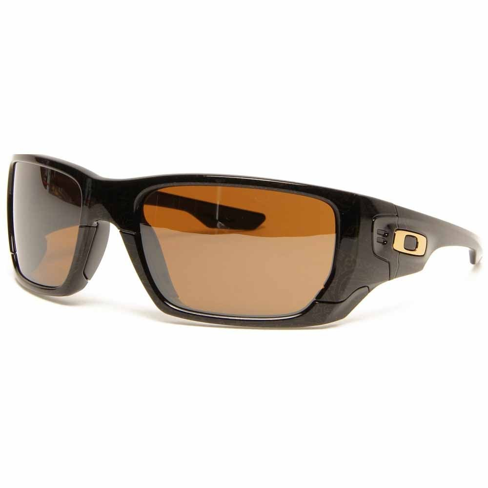 Style Switch Black - Mens - Size One Size Oakley's Style Switch sunglasses for men are made to fit your lifestyle. These men's Oakley sunglasses are impact-resistant. UV protection is provided by Plutonite? lens material which filters out 100% of UVA/UVB/UVC and harmful blue light up to 400 nm.