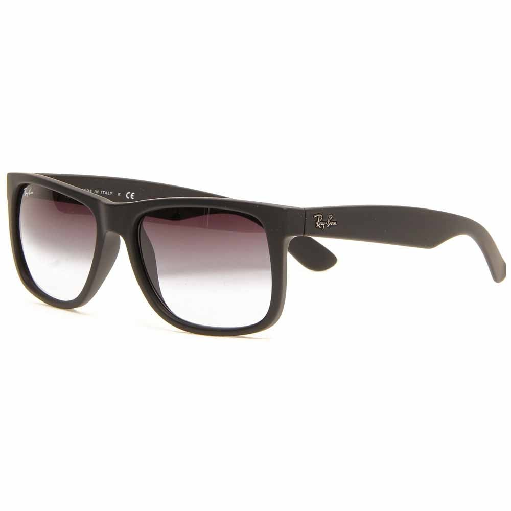 Justin - Black - Mens These stylish Ray-Ban Justin sunglasses take inspiration from the iconic Wayfarer for retro style with a modern twist. The rubberized plastic frames of these Wayfarer sunglasses for men or women offer a lightweight, comfortable fit with classic style.